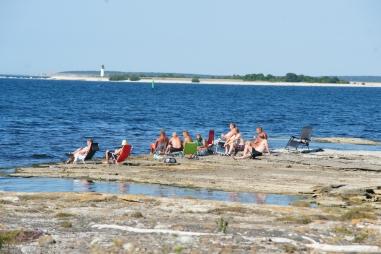 Skönt strandmys på grabbars vis