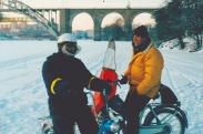Klaba i strut och Aphängarn på Årstaviken jan 2003